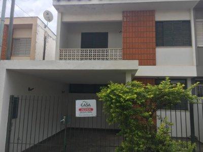 Casa próximo ao SUPERMERCADO FAVETTA