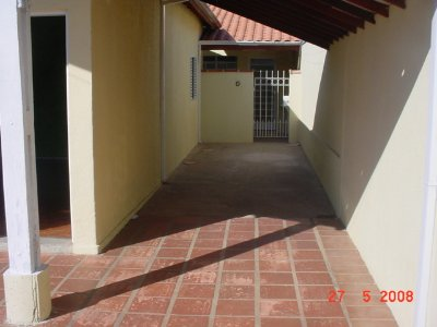 Casa próximo ao SUPERMERCADO COPACABANA