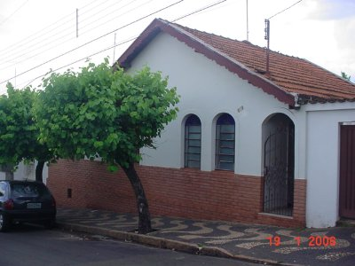 Casa no CENTRO da cidade