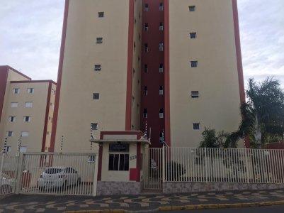 Apartamento no Jardim São João